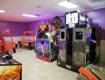Arcade interior with Walking Dead game